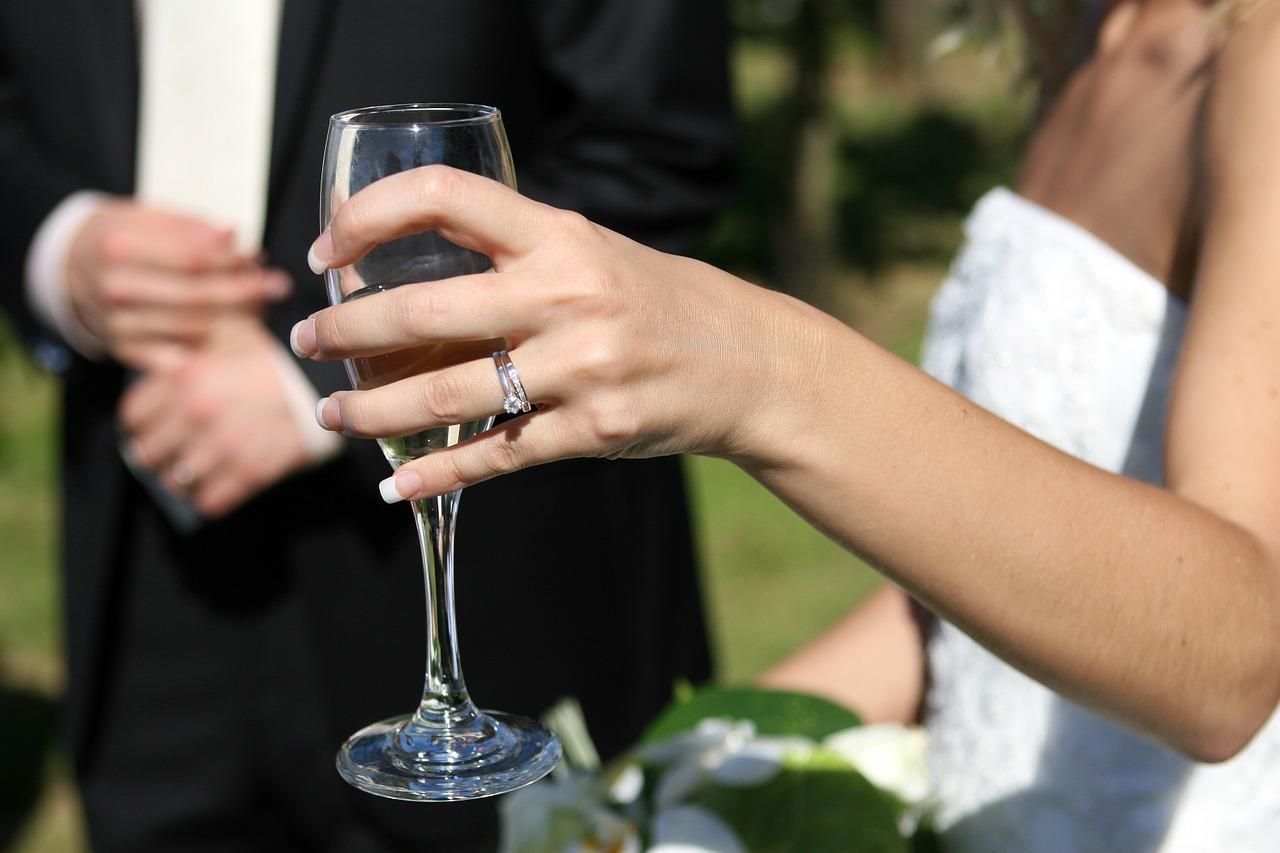 Lowbudget trouwen