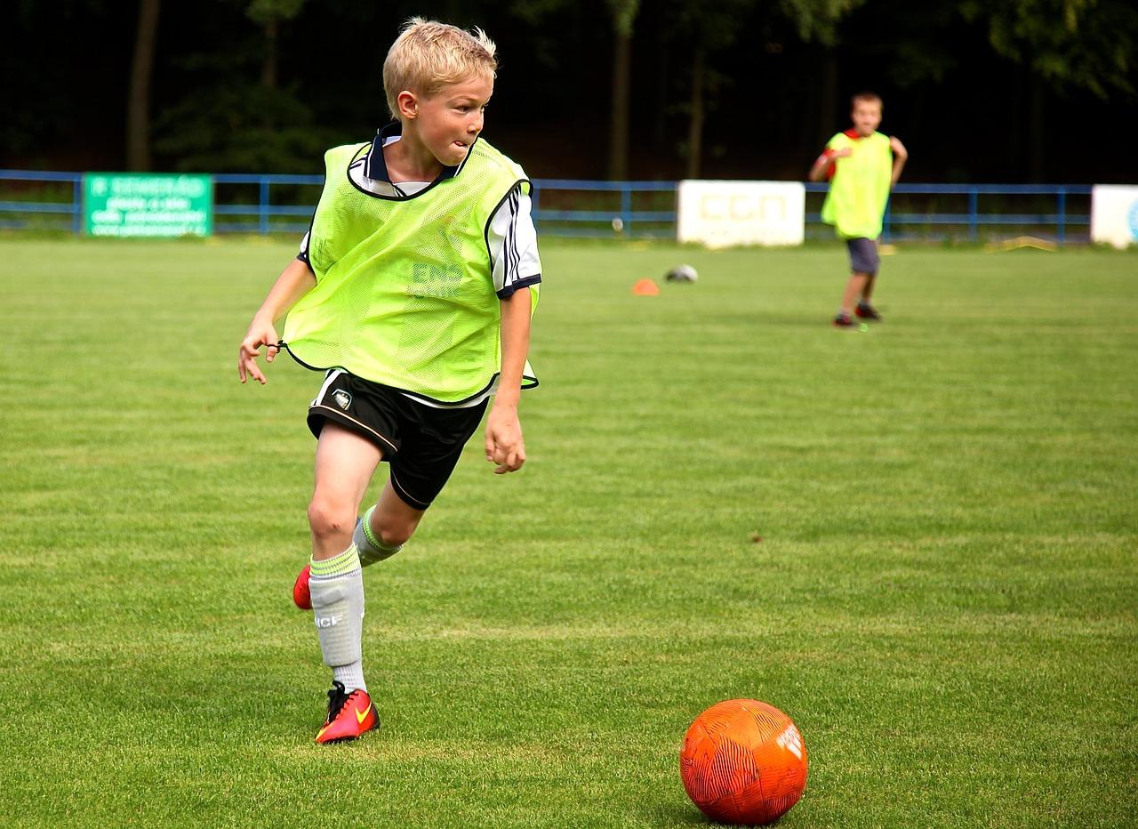 Voetbalmoeders het begin van voetbal